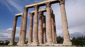 Alte colonne di marmo del tempio di Zeus a Atene Grecia Fotografia Stock