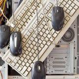 Alte Computer und Computerzubehör für die elektronische Wiederverwertung Lizenzfreies Stockbild