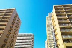 Alte costruzioni di appartamento di aumento Immagine Stock Libera da Diritti