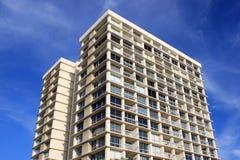 Alte costruzioni di appartamento residenziali di aumento Fotografie Stock Libere da Diritti