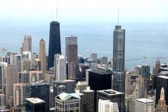 Alte costruzioni di aumento in Chicago Fotografie Stock Libere da Diritti