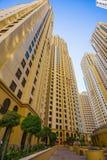 Alte costruzioni e vie di aumento nel Dubai, UAE Fotografia Stock Libera da Diritti