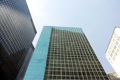 Alte costruzioni moderne di aumento Fotografie Stock Libere da Diritti