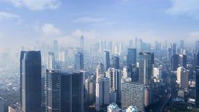 Alte costruzioni moderne a mattina Immagine Stock