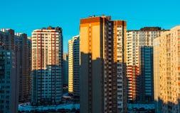 Alte costruzioni residenziali, giorno, all'aperto Fotografia Stock