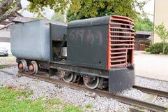 Alte Dampflokomotive auf Bahn Lizenzfreies Stockbild