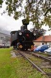 Alte Dampflokomotive auf Bahn Lizenzfreie Stockbilder