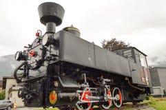 Alte Dampflokomotive auf Bahn Lizenzfreie Stockfotografie