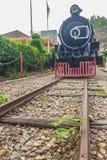 Alte Dampflokomotive seit 1925 an Bahnhof Hua Hins, thailändisch Stockbilder