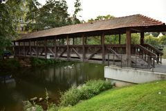 Alte deutsche Brücke Stockfoto