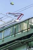 Alte die Schweiz-Tram No9, die Brücke Belgrads Savas kreuzt Lizenzfreies Stockbild