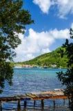 Alte Dock-und Insel-Ansicht Stockfotos