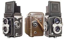 Alte Doppellinsen-Spiegelreflexkamera lokalisiert auf weißem Hintergrund Stockfoto