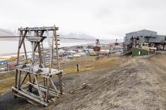 Alte Drahtseilbahn für Kohlentransport in Longyearbyen, Spitsberg Lizenzfreie Stockfotografie