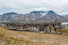 Alte Drahtseilbahn in Longyearbyen, Norwegen Lizenzfreies Stockbild