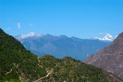 Alte e montagne piane Fotografie Stock Libere da Diritti