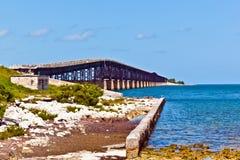 Alte Eisenbahn-Brücke auf Bahia Honda Key in den Florida-Schlüsseln Stockfotografie