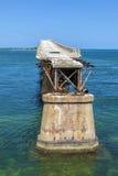 Alte Eisenbahn-Brücke auf dem Bahia Lizenzfreies Stockfoto