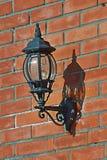 Alte elektrische Lampe auf der Wand Lizenzfreie Stockfotografie