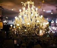 Alte elektrische Leuchterlampe, Luxusdekoration und Beleuchtung Stockbild