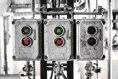 Alte elektrische Schalterchemikalie in der Fabrik Stockfoto