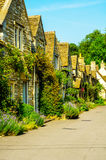 Alte englische Stadt und schöne historische Gebäude, alte Straße, h Lizenzfreies Stockbild