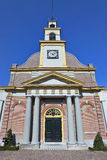 Alte, erneuerte Ziegelsteinkirche mit Säulen, Waddinxveen, die Niederlande Lizenzfreies Stockbild