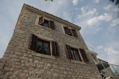 Alte europäische Gebäude in Montenegro Lizenzfreie Stockfotografie
