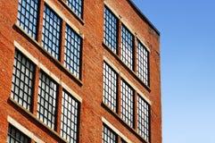 Alte Fabrik des roten Ziegelsteines Stockbild