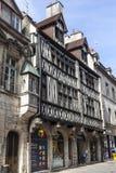Alte Fachwerkhäuser in Dijon, Frankreich Stockfotos