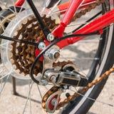 Alte Fahrradgänge und hinteres derailleur lizenzfreie stockfotos