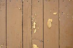 Alte farbige Bauholzwand Stockbild