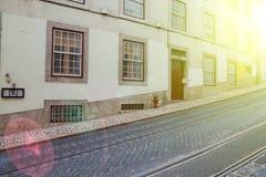 Alte Fassade Lissabons, Detail einer alten Straße Lizenzfreies Stockbild