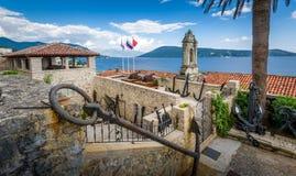 Alte Festung Fotre-Stute auf dem adriatischen Meer lizenzfreies stockbild