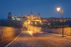 Alte Festung mit Beleuchtung Lizenzfreie Stockbilder