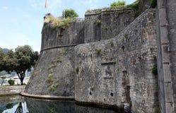 Alte Festungs-Wände von Kotor, Montenegro Lizenzfreies Stockfoto