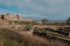 Alte Festungsturm-Steinwände Europa-Küste Stockfotografie