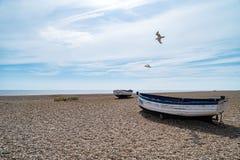 Alte Fischerboote in Aldeburgh stockfotografie