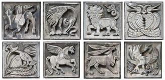 Alte Flachreliefs der Märchentiere Lizenzfreies Stockfoto