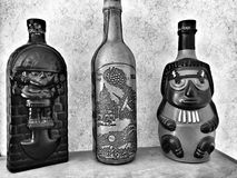2 alte Flaschen Stockfotos