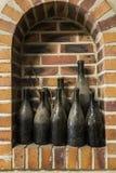 Alte Flaschen Champagne in Ludes Stockfotos