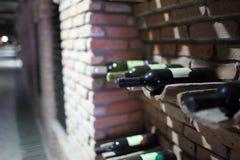 Alte Flaschen Wein Lizenzfreie Stockfotografie