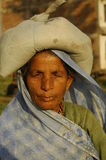 Alte Frau in Katmandu Nepal Lizenzfreies Stockbild