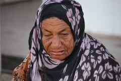 Alte Frau von Oman Lizenzfreie Stockbilder