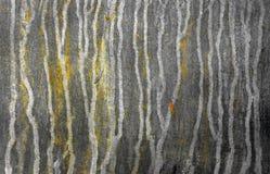 Alte galvanisierte Oberfläche mit rostigen Flecken Stockfoto