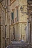 Alte Gasse in der alten Stadt von Gallipoli (Le) Lizenzfreies Stockfoto