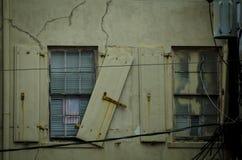Alte Gebäudefenster Stockfotos