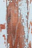 Alte gebrochene Farbe auf Brettern Stockbilder