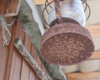 Alte gebrochene Lampe Stockbilder