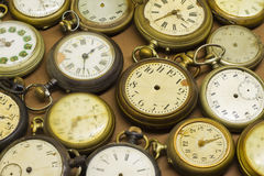 Alte gebrochene Uhren Lizenzfreies Stockfoto